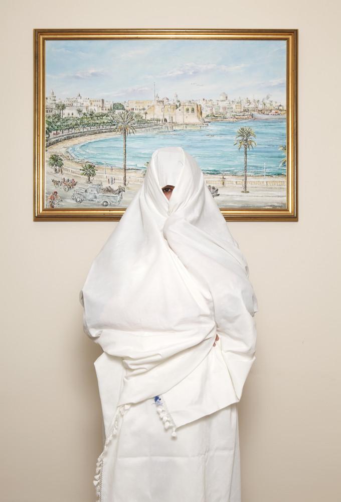 James O Jenkins Portraits Nahla Al-Ageli Nahla Al-Ageli - Libyan Journalist - The Photographers Gallery